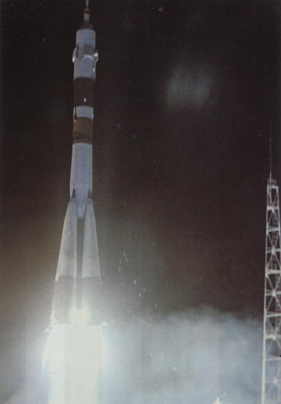 Kosmos2 - Soyuz38 na starte_resize