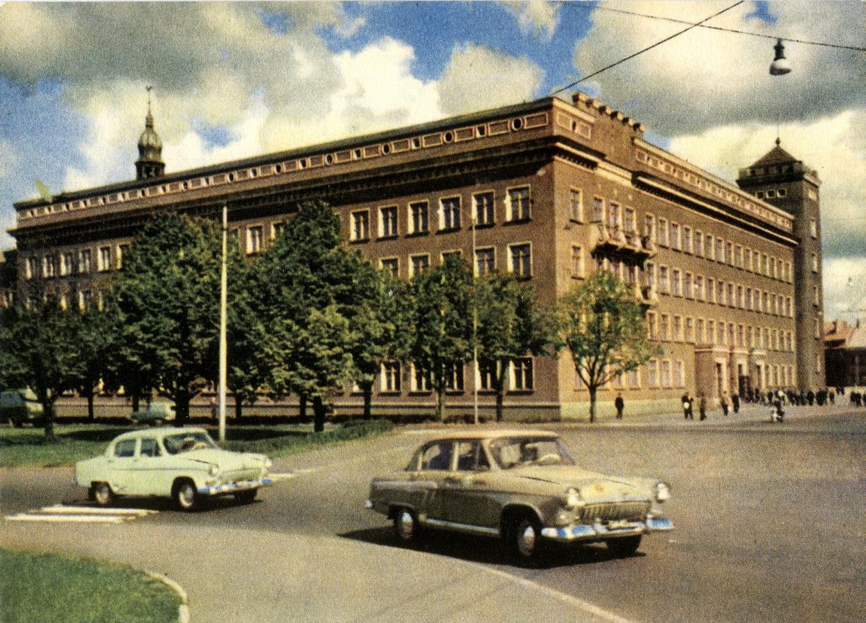 Riga - Politehnicheskiy institut_resize