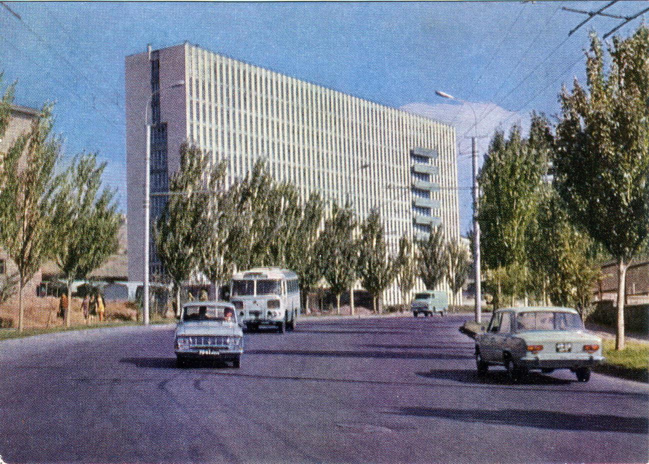 Erevan - Institut kardiologii i serdechnoy hirurgii_resize