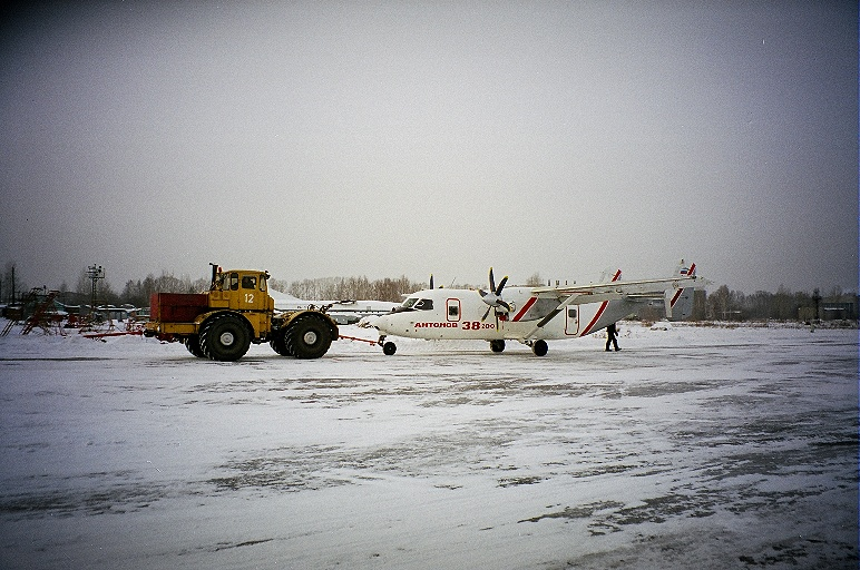 An-38-200-first-flight-2-GlebOsokin