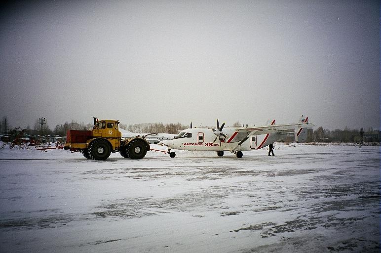 An-38-200-first-flight-2-GlebOsokin