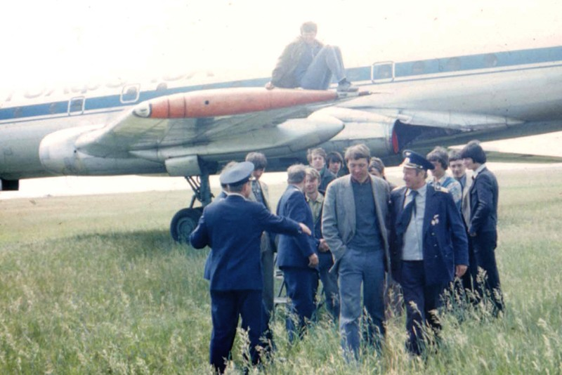 Tu-104-Berdsk-78-02