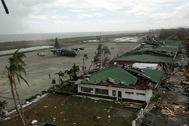 typhoon-yolanda-tacloban-20131109-013