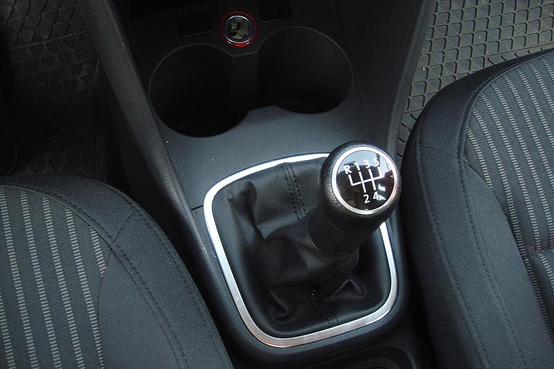 volkswagen polo sedan переключение передач