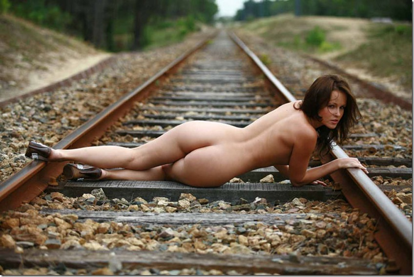 Sexy Girl Shows Her Stuff On The Train Station Russian Sexy Girls