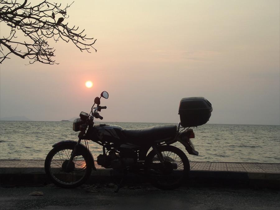 Закат в Камбодже 4 марта 2015 8