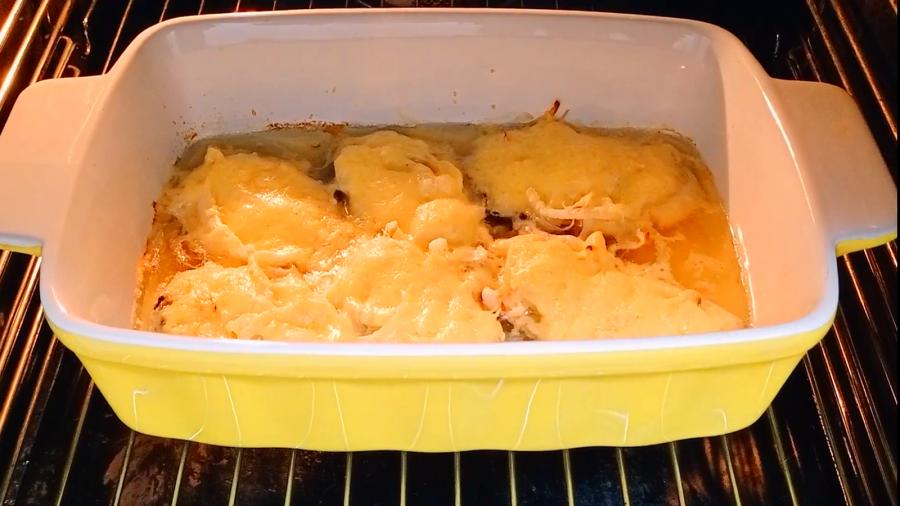 Как сделать нежную рыбу ГОРБУШУ под луком и сыром запеченную в духовке