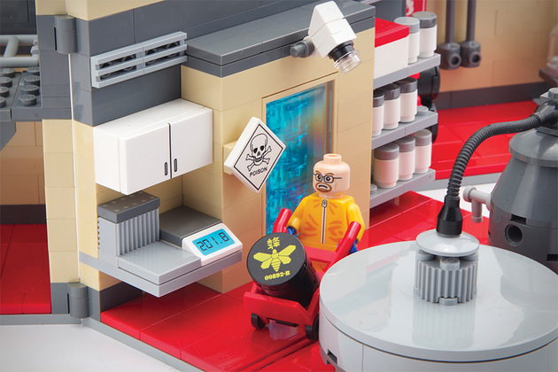 breaking-bad-lego-set-xl-thumb-630xauto-32065