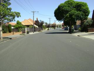 Larnoo Ave
