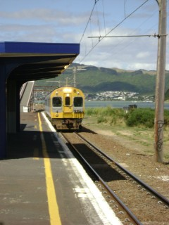 Paraparaumu train arriving at Paremata