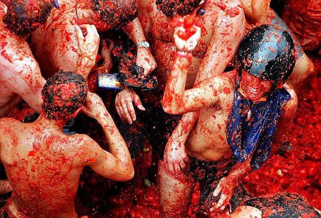best-festivals-around-the-world-la-tomatina-spain2