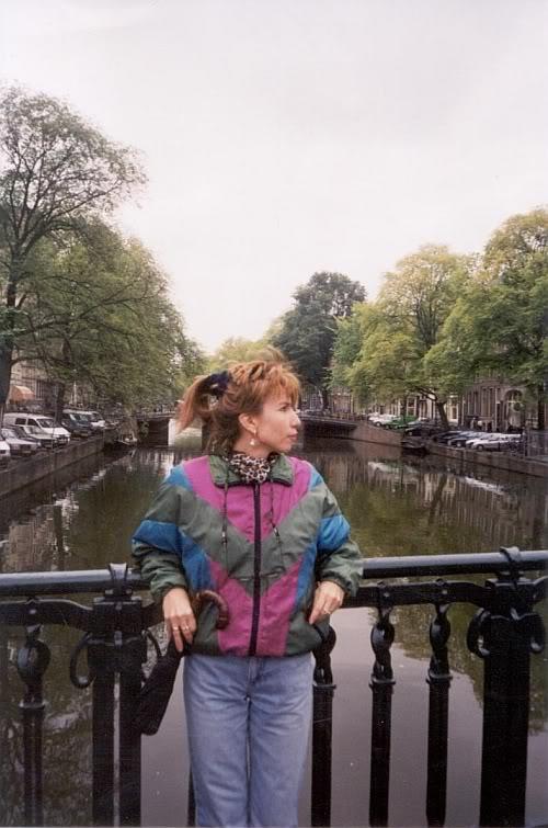 LenanamostuvAmsterdame