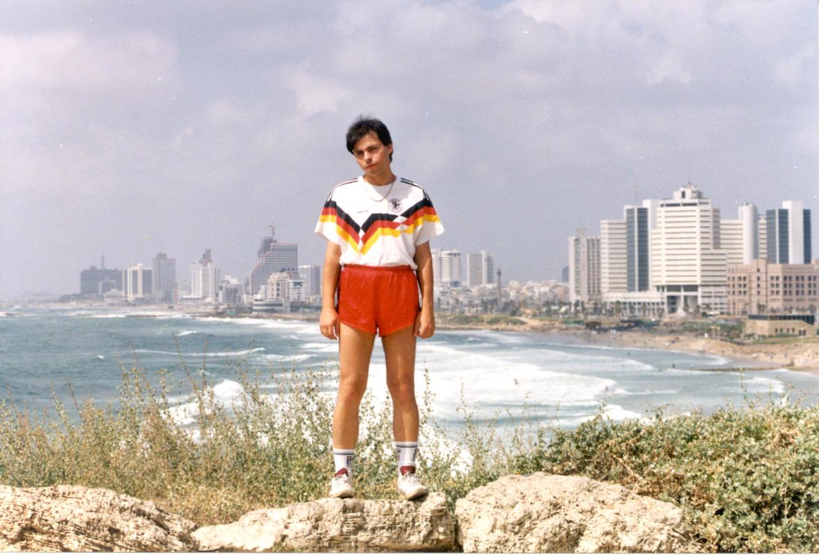Alik na fone Tel-Aviva