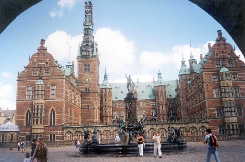 Frederiksborg-2