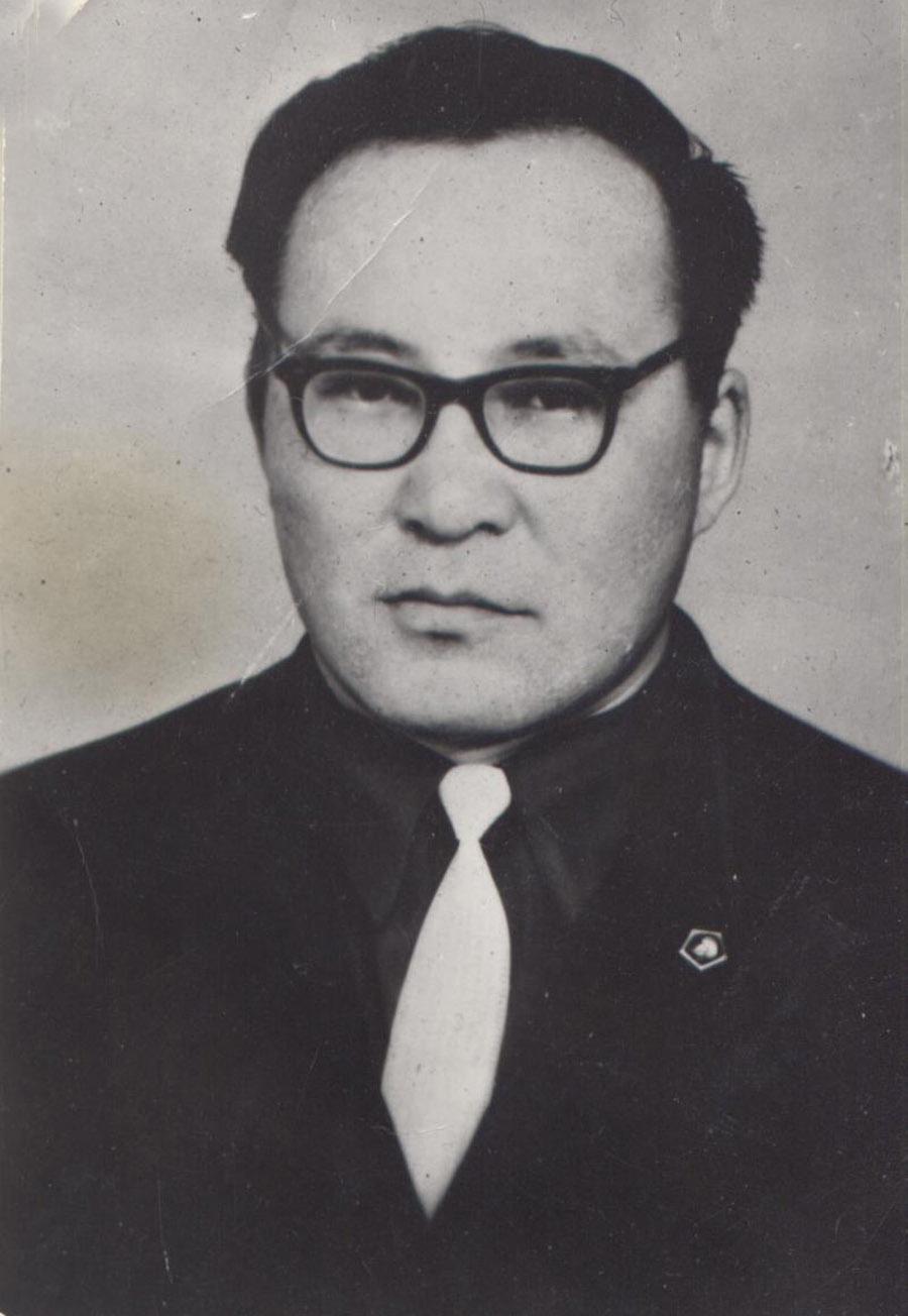Лубсан Доржиевич Шагдаров.jpg