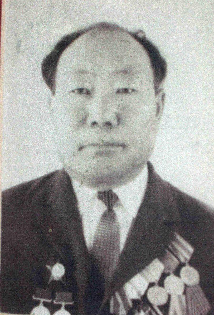 Насак Иорелтуевич Юндунов, бывший 1 секр. Аг. окр. КПСС.jpg
