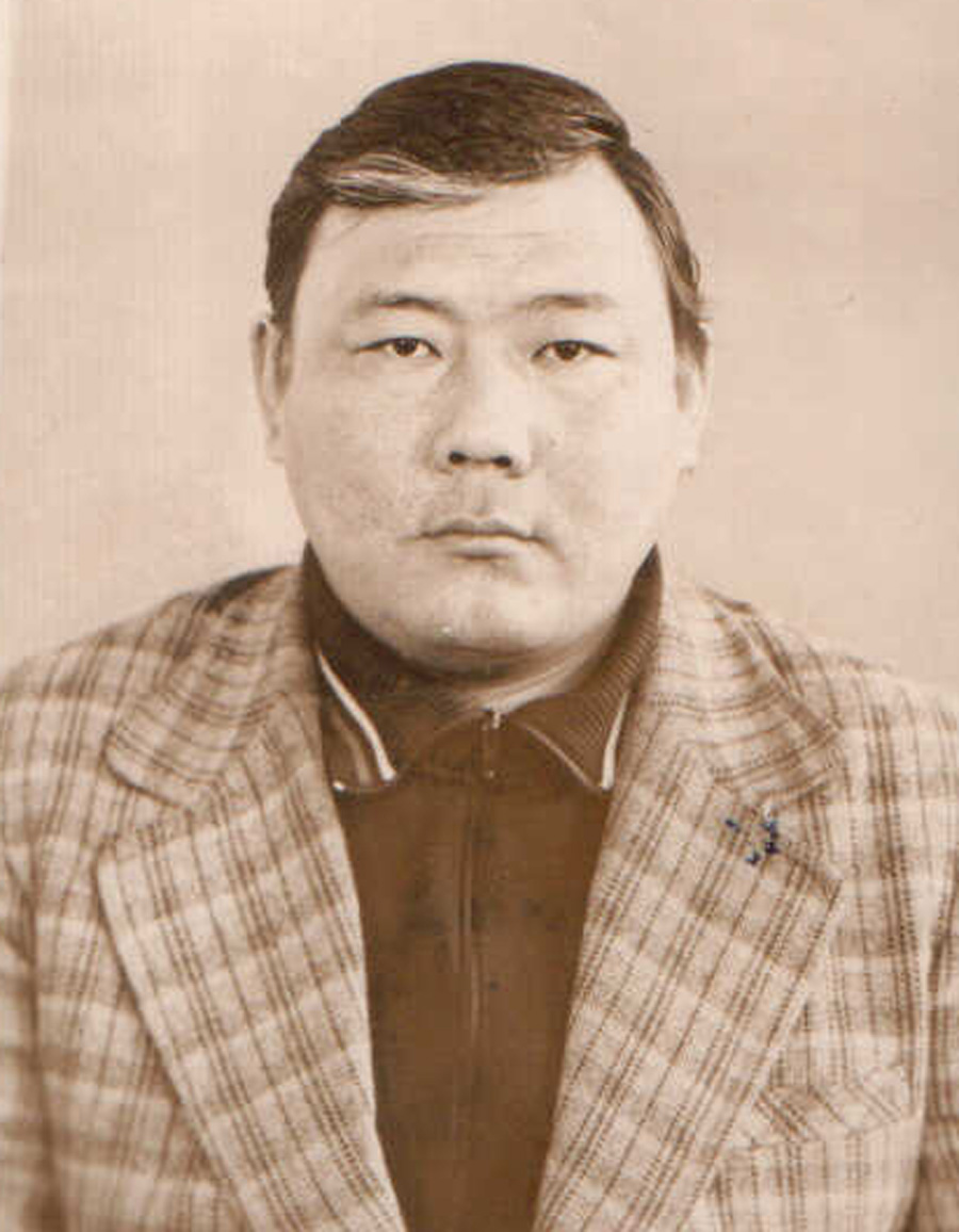Доржиев Дашадондог, Челутай. Ветврач. 1970-1989 годах.jpg