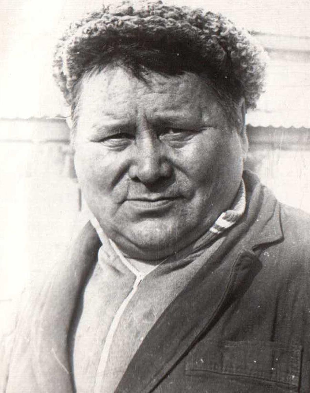 Лиханов, чабан.jpg