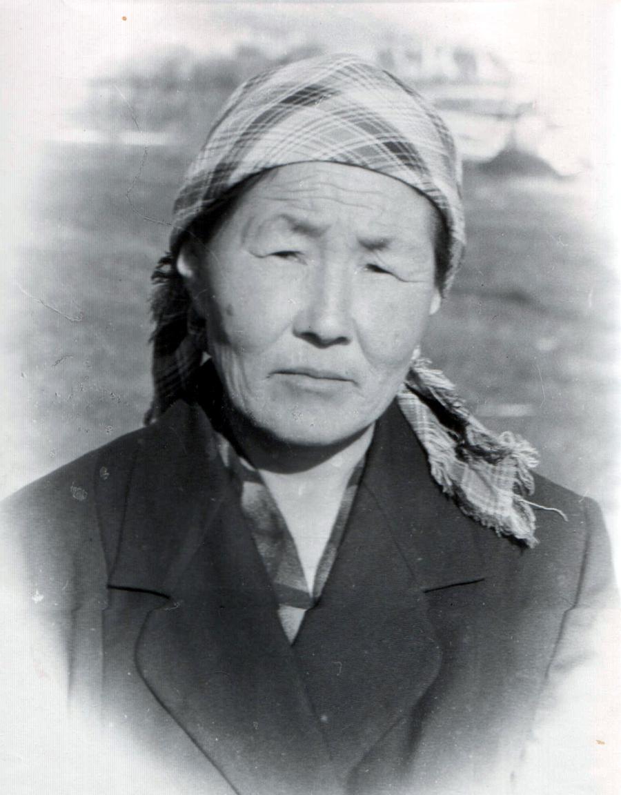 Самандуева Намжилма, доярка к-за Мир.jpg