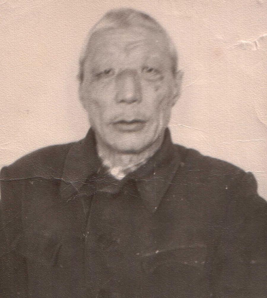 Намсараев Дашанима, шофер, Кункур.jpg