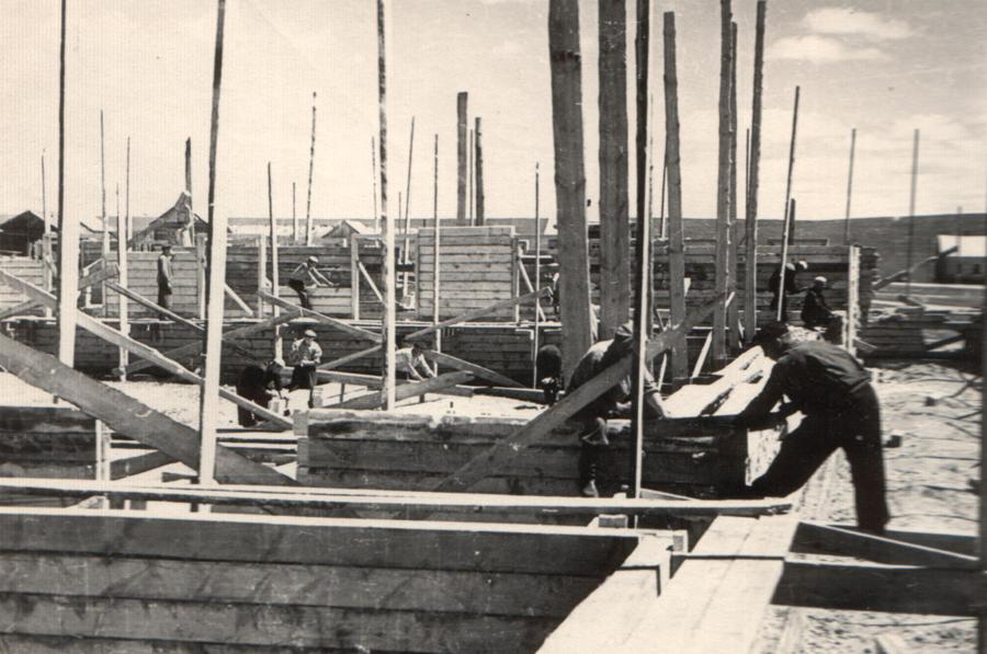 1. Будалан. 1959 год. Идёт строительство.jpg