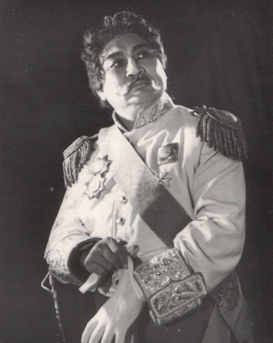 17. Князь из оперы Евг. Онегин. муз. Чайковского.jpg