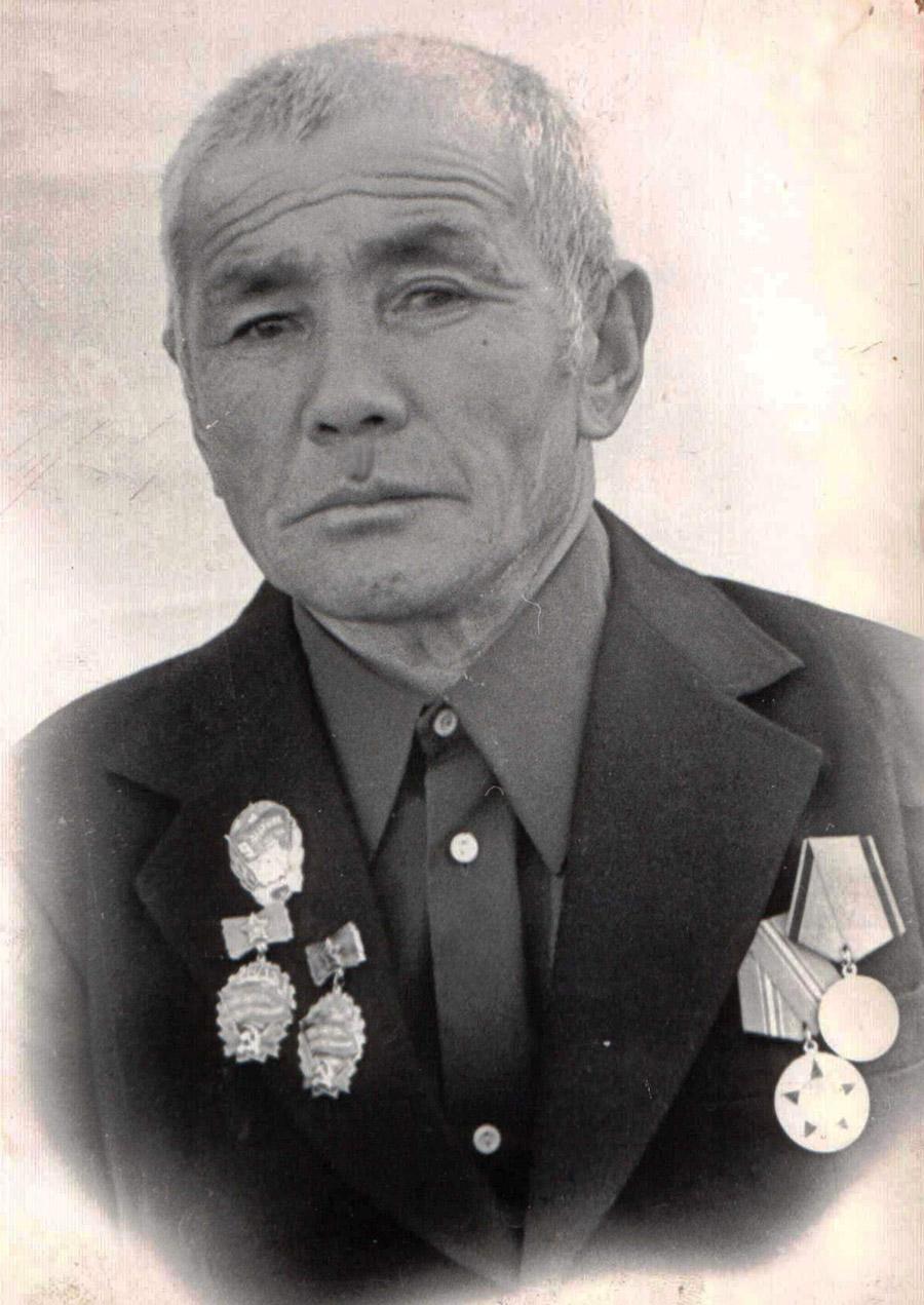 23. Цыденов Сандан, чабан, Ц-Х..jpg