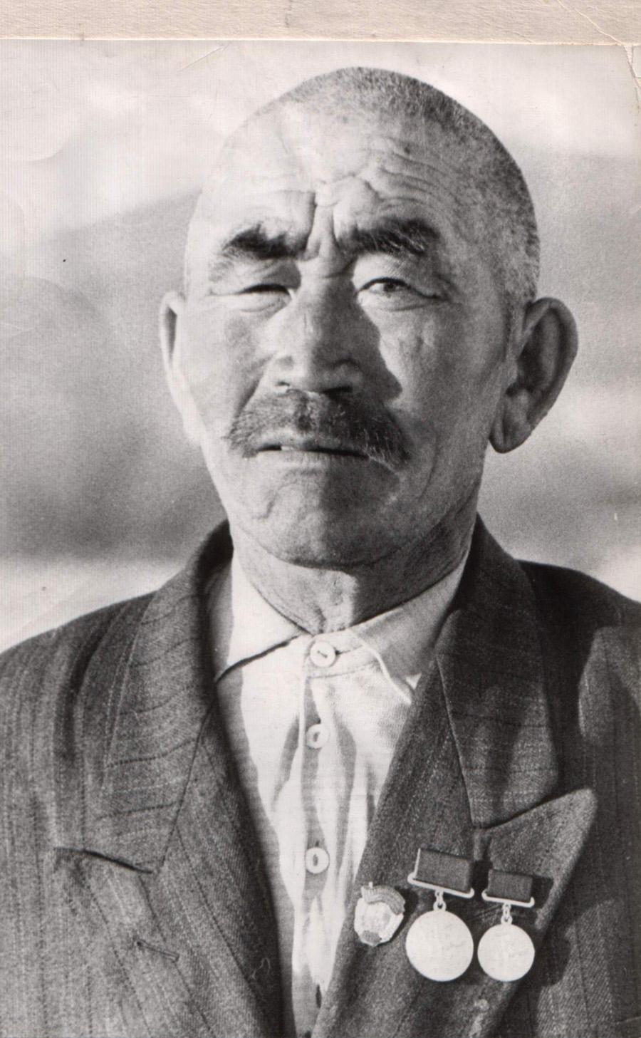20. Дарижапов Л-Ж (1900-1966), Догой.jpg