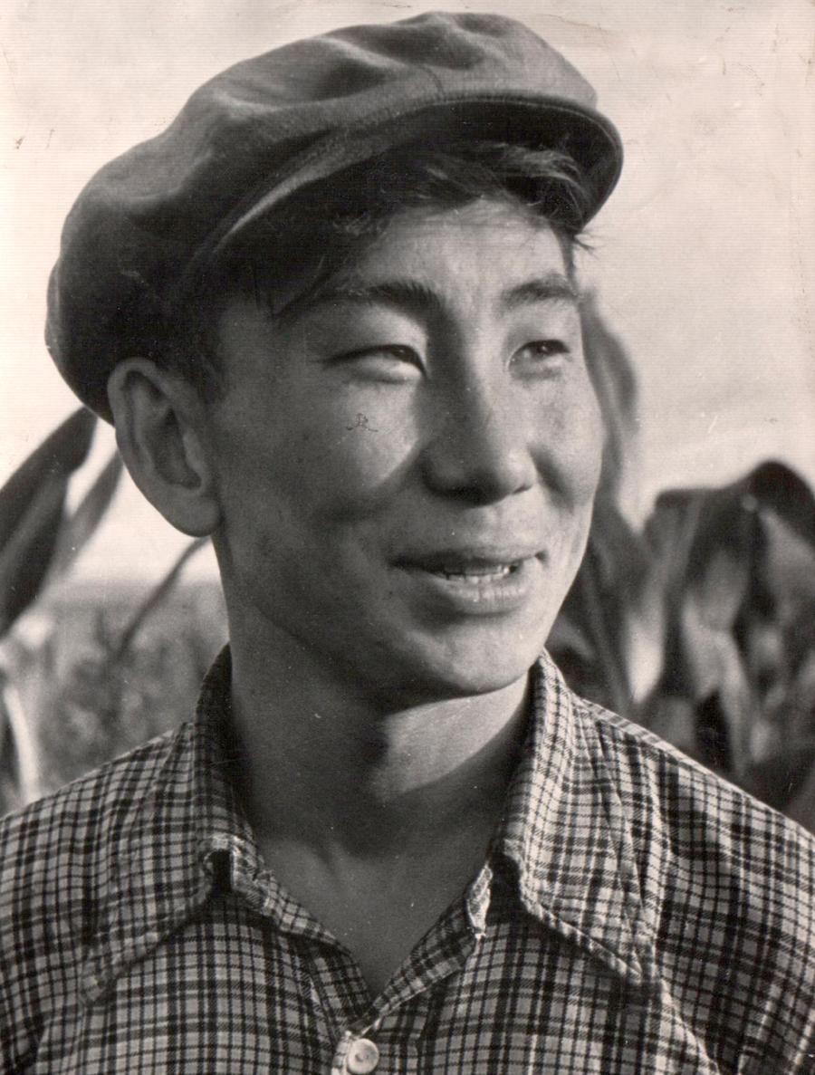 5. Кукурузовод из Улан-Одон Степан Хуриганов в 1960 году.jpg