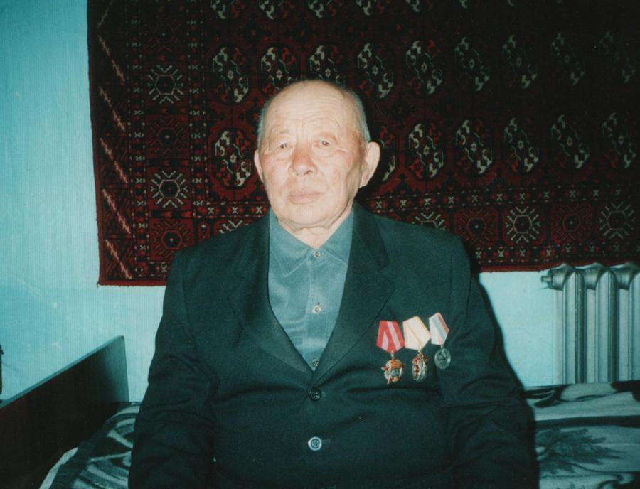 27. Чимитов Цырен-Намдак, ветеран труда, Х-Шэбэр.jpg