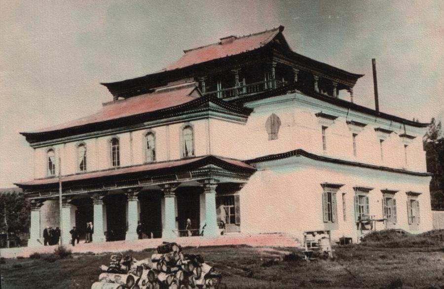14. Гл. дацан закрыт под санаторий (тубдиспансер). 1967 г..jpg