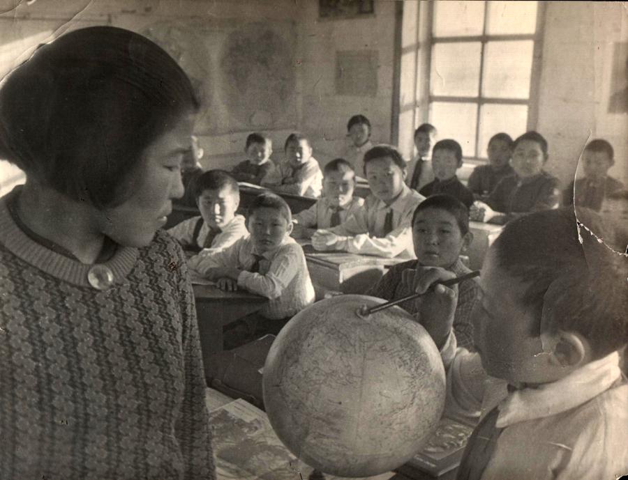 Уч-ца Рабданова Цыремжит. 4 кл. Урда-Аг. ср. ш. 1939 г..jpg