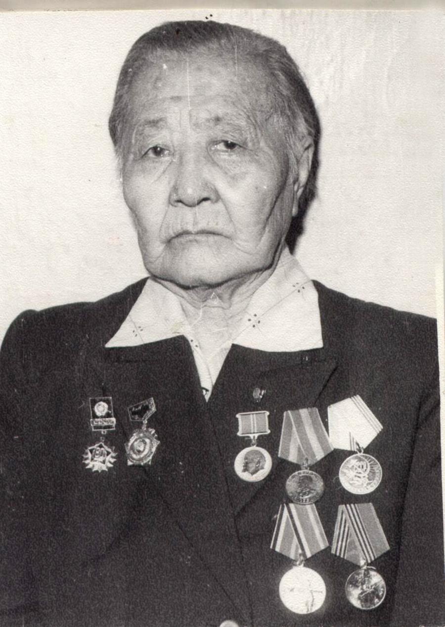 Ешинханда, жена Гомбодоржи Намсараева.jpg