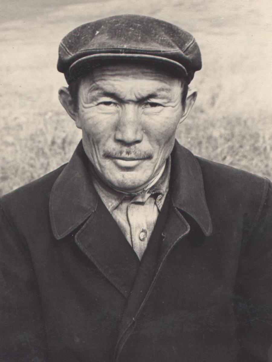 Жапов Жамса, к-з им. Сталина. 1967 г..jpg