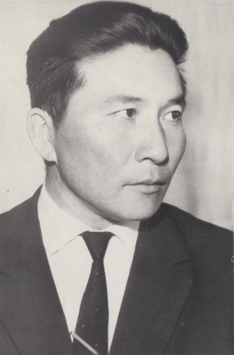5. Жамсаран Ландаков.jpg