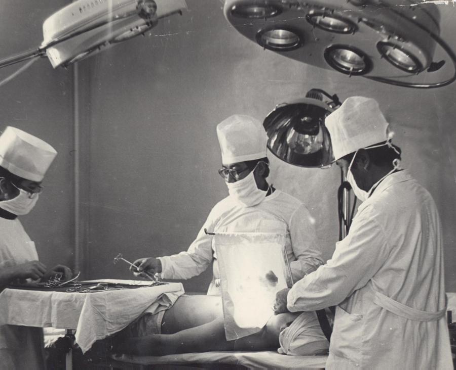 Идет операция.jpg