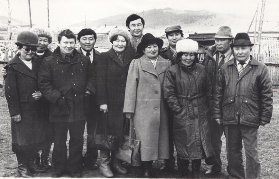 С делегацией Усть-Орды-2.jpg