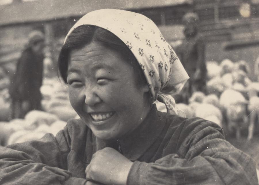 4. Цокто-Хангил. Сакманщица. Кто. Фото 1960 года.jpg