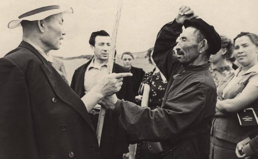 Секретарь Мог. РК КПСС Иван Прокопьевич Бурлаков. 1959 г..jpg