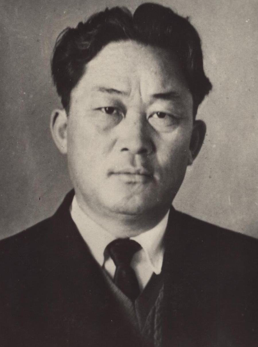Шагдаров Б.Ш.. 1965 г..jpg