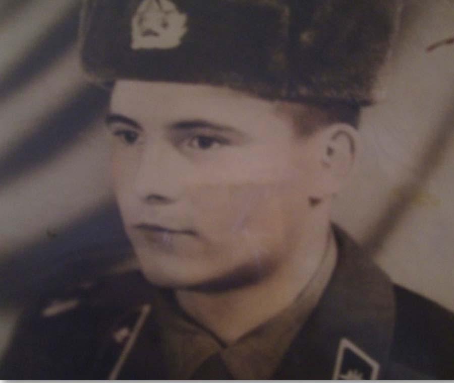 АХ-2. Абрамов Александр Сергеевич 1961.jpg