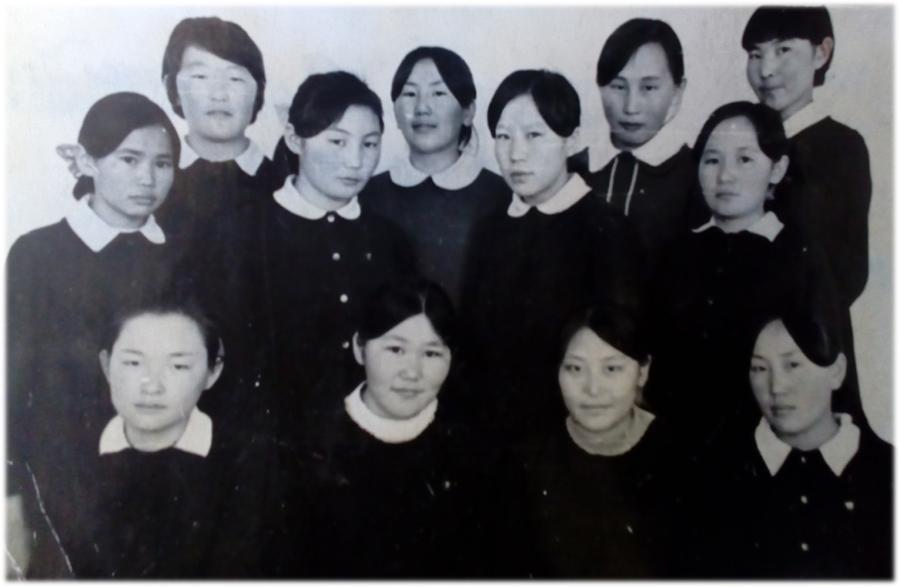 К-69 Члены комсомольско-молодежной овцеводческой бригады «Хусэл».  1976-1977гг.jpg