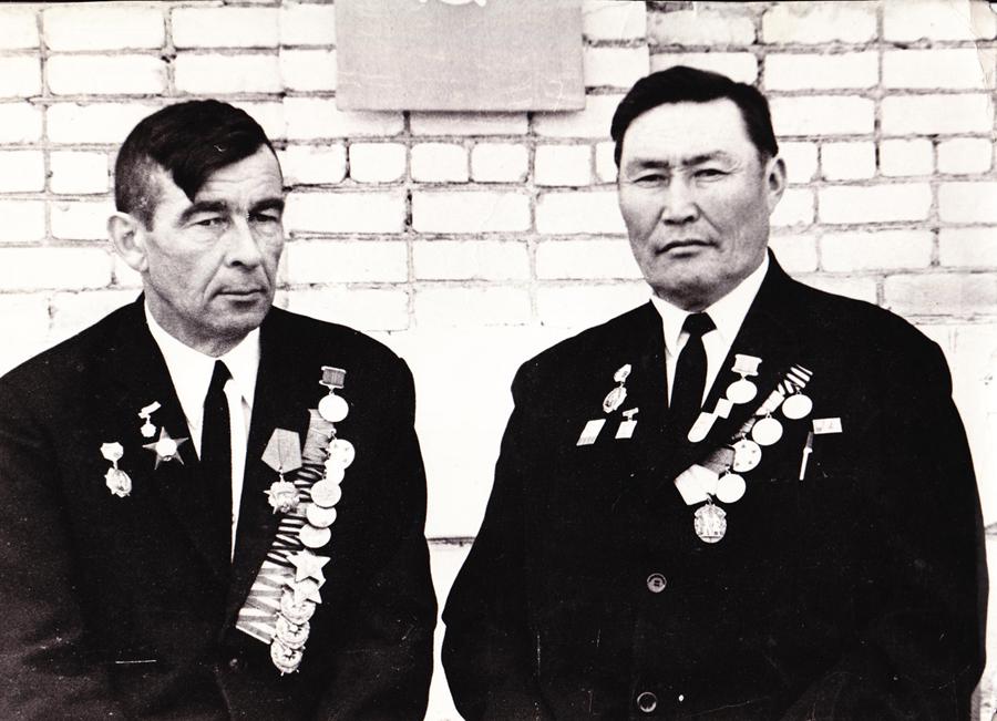 5. Сергей Матыжонок и Бадма Жабон.jpg