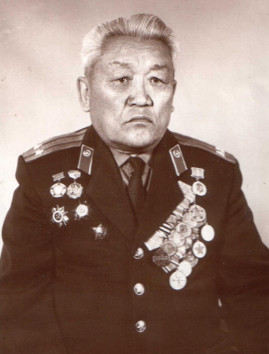 Бывший военком, татарин.jpg