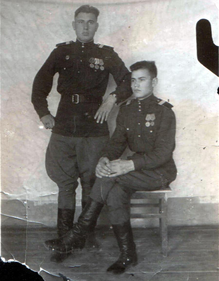 Сафонов Гурьян Андр. 1946 г. и Марченко Виталий.jpg