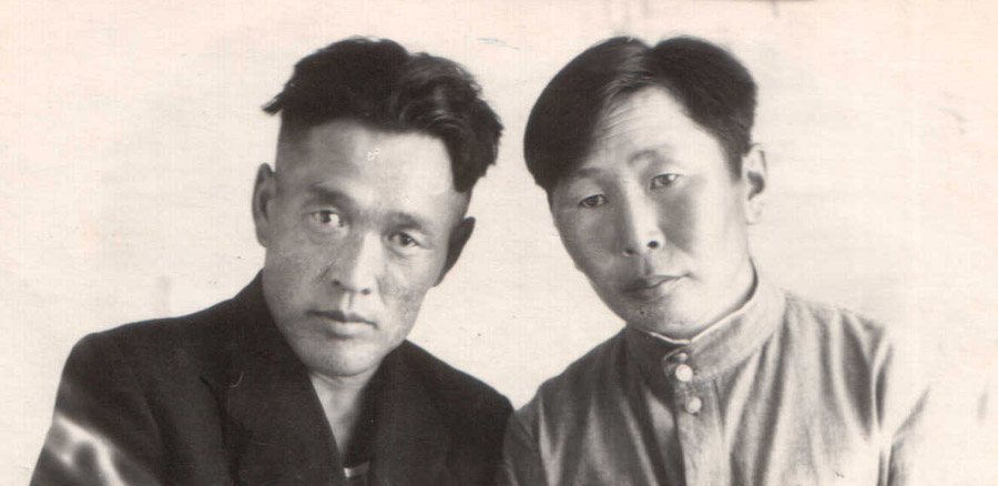 Слева Батуев  Д., 1914-1965.jpg