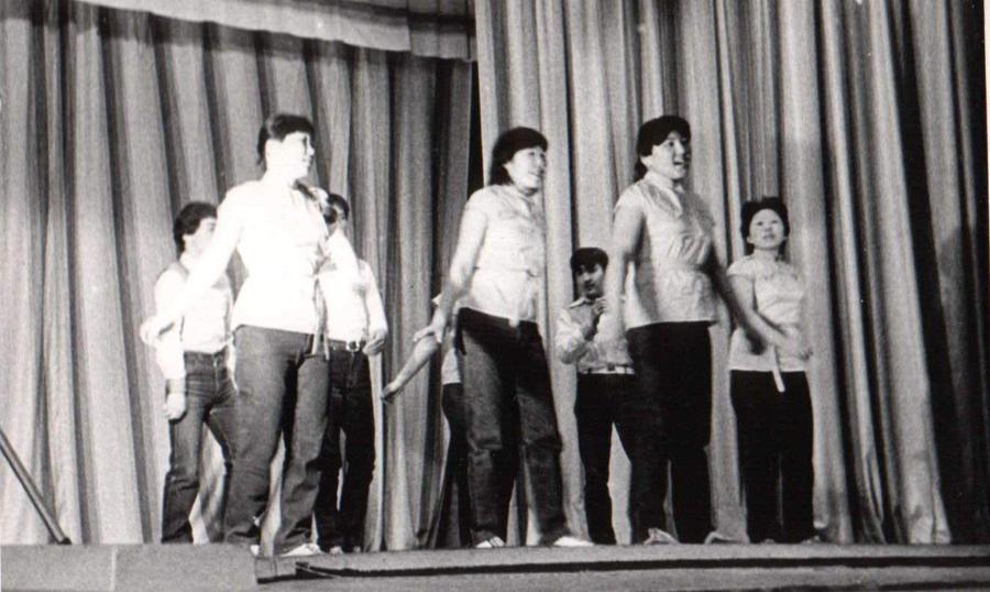 Артисты из Цаган-Челутая.jpg