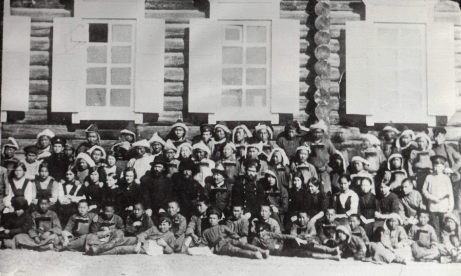 15. 1915 год в с.Агинское. 4-класснай школа..jpg