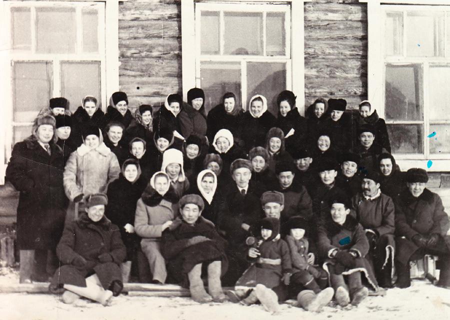 Группа учителей Могойтуйского района, 1953 г..jpg