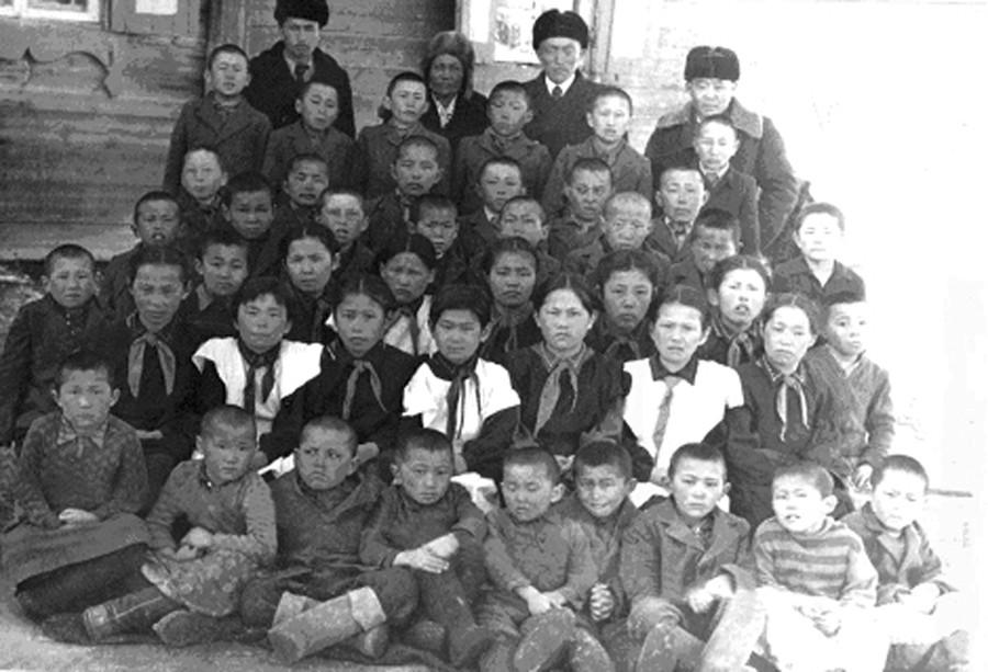 Жалсараев и другие-1.jpg
